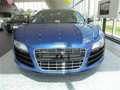2012 AUDI R8 QUATTRO - BLUE ON BLACK 2