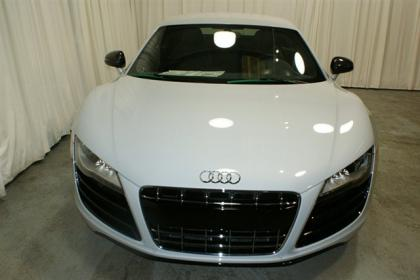 2012 AUDI R8 QUATTRO - WHITE ON BLACK