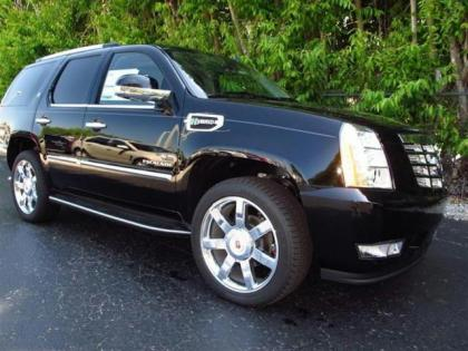 2013 CADILLAC ESCALADE HYBRID BASE - BLACK ON BLACK