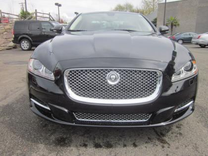 2012 JAGUAR XJ SUPERCHARGED - BLACK ON BLACK