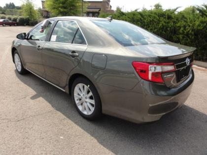 2012 TOYOTA CAMRY HYBRID XLE - BRONZE ON GREY 3