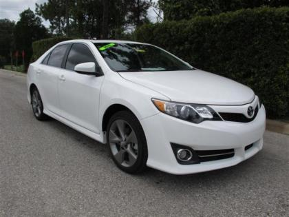 2012 TOYOTA CAMRY SE - WHITE ON BLACK
