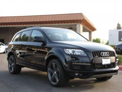 Export New 2013 AUDI Q7 S LINE PRESTIGE - BLACK ON BLACK
