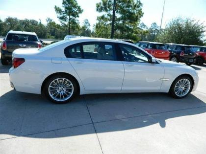 2013 BMW 750 LI - WHITE ON GREY 3