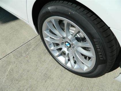 2013 BMW 750 LI - WHITE ON GREY 4