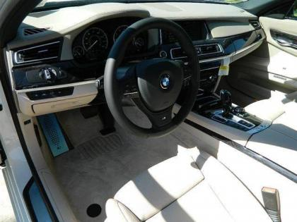 2013 BMW 750 LI - WHITE ON GREY 5