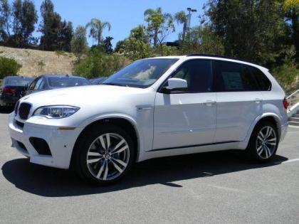 2013 BMW X5 M - WHITE ON RED