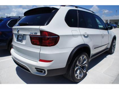 2013 BMW X5 XDRIVE50I - WHITE ON BLACK 3