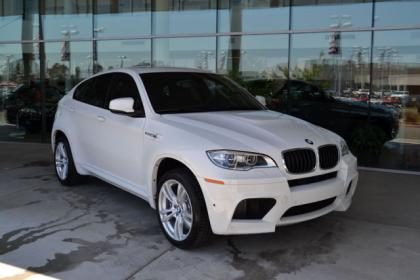 export new 2013 bmw x6 m white on black. Black Bedroom Furniture Sets. Home Design Ideas