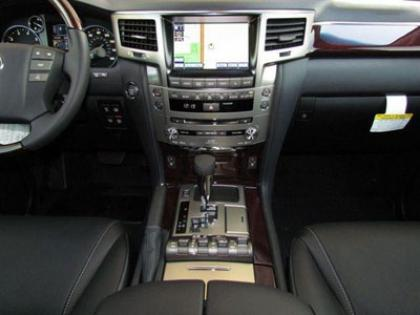 2013 LEXUS LX570 BASE - BLACK ON BLACK 8
