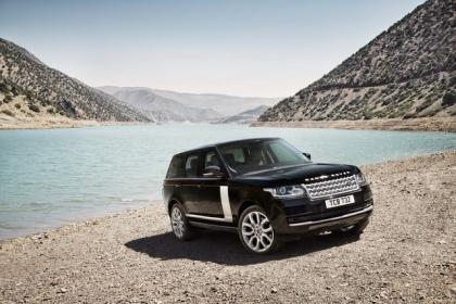 2013 LAND ROVER RANGE ROVER BASE - BLACK ON WHITE