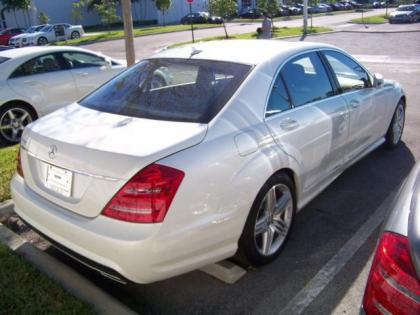 Export new 2013 mercedes benz s63 amg white on beige for 2013 mercedes benz s63