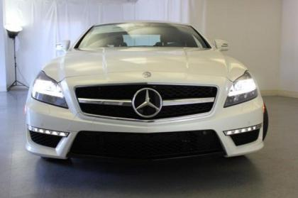 2013 MERCEDES BENZ CLS63 AMG - WHITE ON BLACK 2