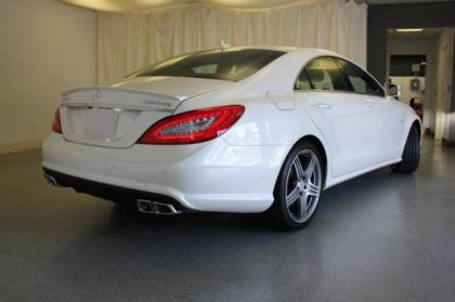 2013 MERCEDES BENZ CLS63 AMG - WHITE ON BLACK 3