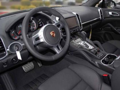 2013 PORSCHE CAYENNE TURBO - BLACK ON BLACK 5