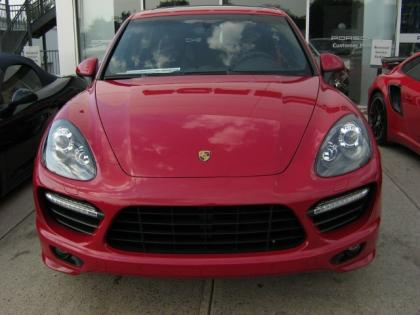 Export New 2013 Porsche Cayenne Gts Red On Black