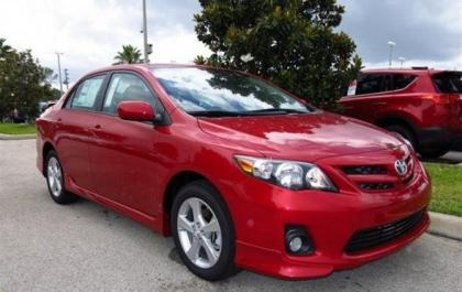 2013 TOYOTA COROLLA S - RED ON BLACK