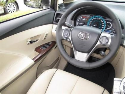 2013 TOYOTA VENZA LIMITED - GRAY ON GRAY 6
