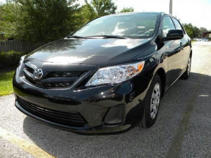2013 TOYOTA COROLLA L - BLACK ON BEIGE