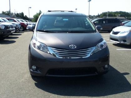 Export New 2013 Toyota Sienna Limited Grey On Beige
