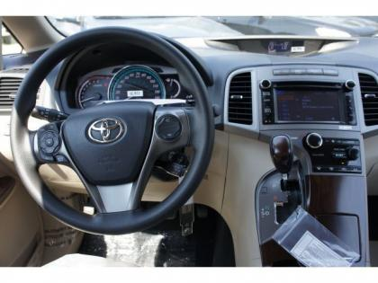 2013 TOYOTA VENZA LE - BLACK ON BEIGE 5