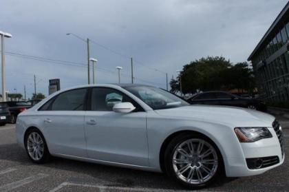 2014 AUDI A8 4.0T - WHITE ON BROWN