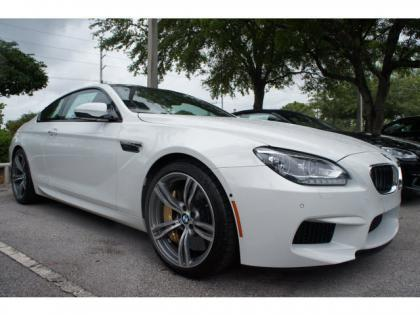 2014 BMW M6 BASE - WHITE ON RED