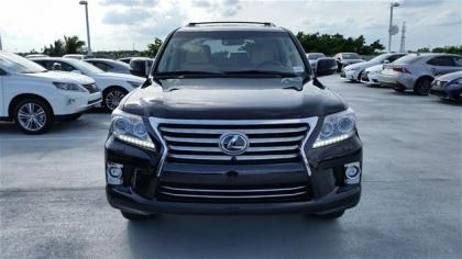 2015 LEXUS LX570 BASE - BLACK ON BEIGE