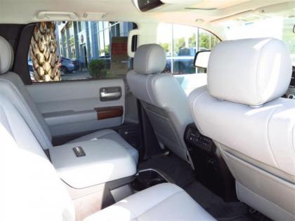 2015 TOYOTA SEQUOIA PLATINUM - SILVER ON BEIGE 4