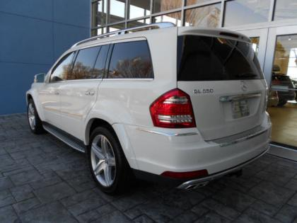 2012 MERCEDES BENZ GL550 4MATIC - WHITE ON CASHMERE