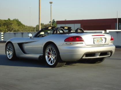 Export Salvage 2004 Dodge Viper Srt 10 Silver On Black