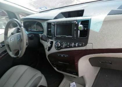Export Salvage 2012 Toyota Sienna Xle Maroon On Gray