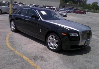 2011 ROLLS ROYCE GHOST V12 - BLACK ON BLACK