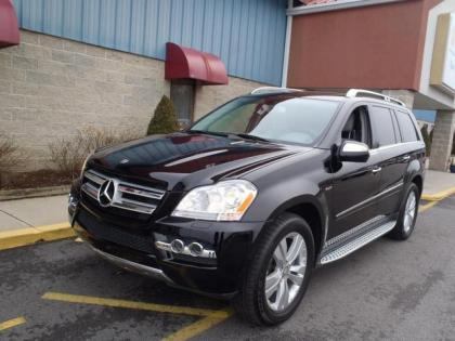 2010 MERCEDES BENZ GL350 BLUETECH - BLACK ON GRAY