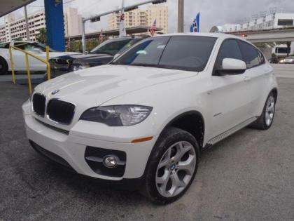 2011 BMW X6 XDRIVE35I - WHITE ON RED