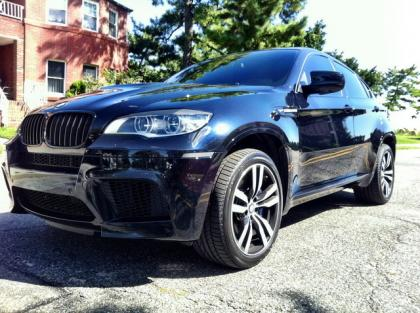 export used 2013 bmw x6 m black on white. Black Bedroom Furniture Sets. Home Design Ideas