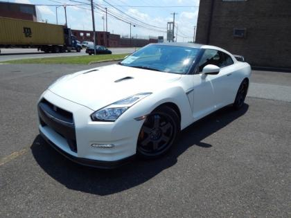 2015 NISSAN GT-R BLACK EDITION - WHITE ON BLACK