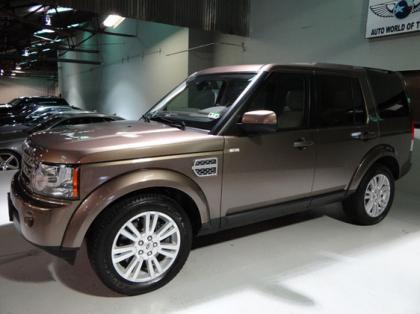2010 LAND ROVER LR4 BASE - BROWN ON BEIGE