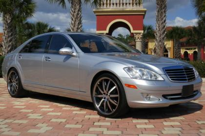 2007 MERCEDES BENZ S550 BASE - SILVER ON BLACK
